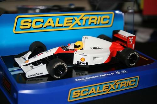 Scalextric McLaren MP4-6 | Peugeotory