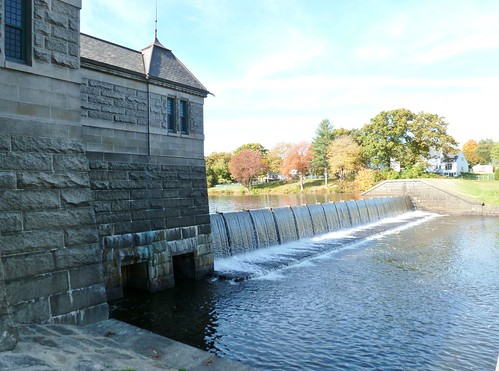 Framingham Reservoir No. 1 dam and gatehouse