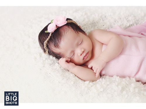 Introducing Aleescha Sophea | Newborn Portraiture