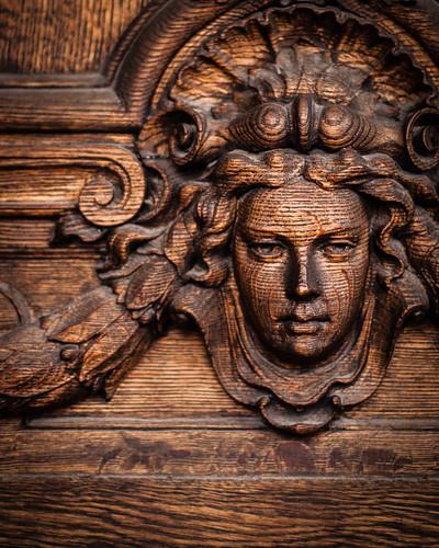 Wooden/träigt