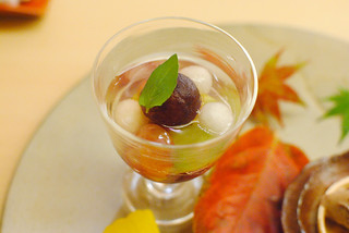 grapes and pears in jelly