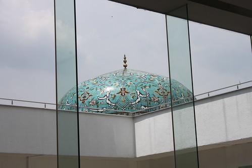 201102190878_KL-islamic-art-museum-dome