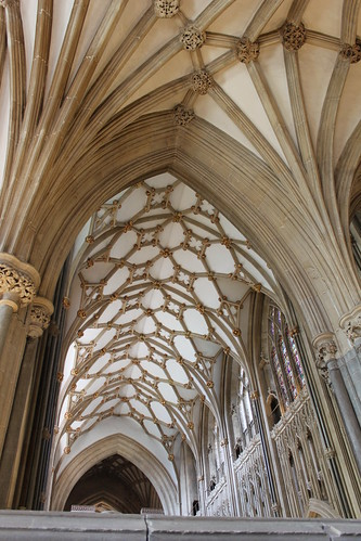 20120830_6418_Wells-cathedral-ceiling