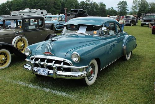 1950 Pontiac Fleetleader Special Sport Coupe ( Canadian )
