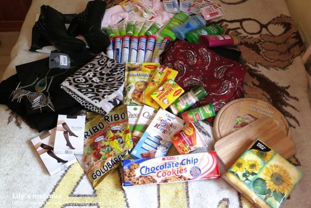 這是所有戰利品的大集合,買的真開心,雖然還想再買,不過這些已經把我的行李箱塞滿啦。