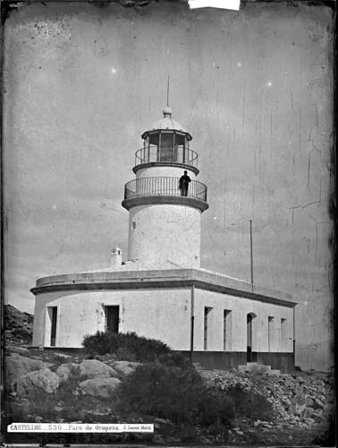 Faro de Oropesa (1870)