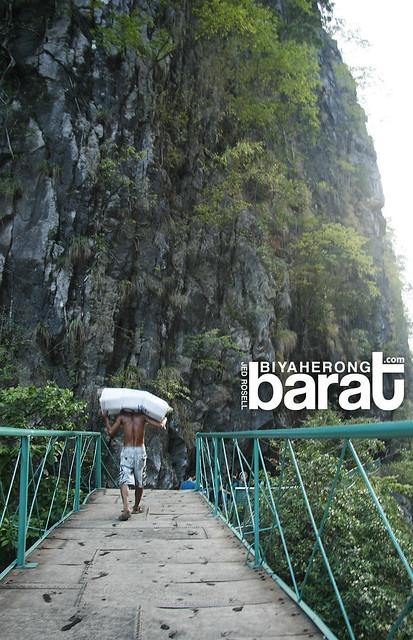 bridge in wawa dam Montalban Rizal