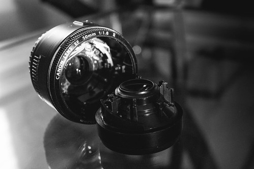26/365 Broken 50mm - Week 1 final submission by Wanderlande