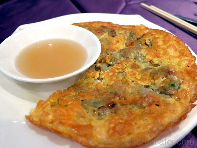 Pak Loh Chiu Chow- omelette with baby oyster HK$68
