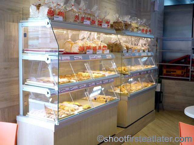 Yamato Bakery Cafe-001