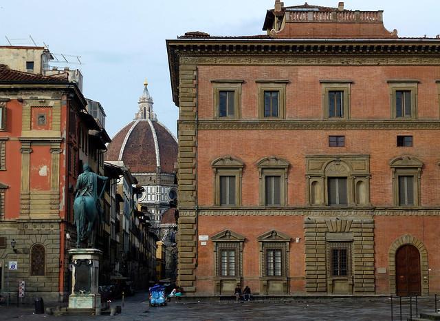 Florence - jour 4 - 004 - Piazza della Santissima Annunziata.