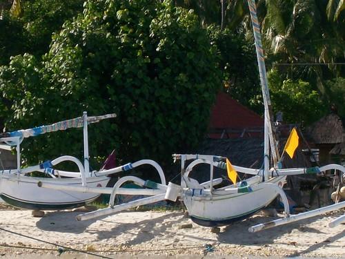 Jukung di Pelabuhan Nusa Penida