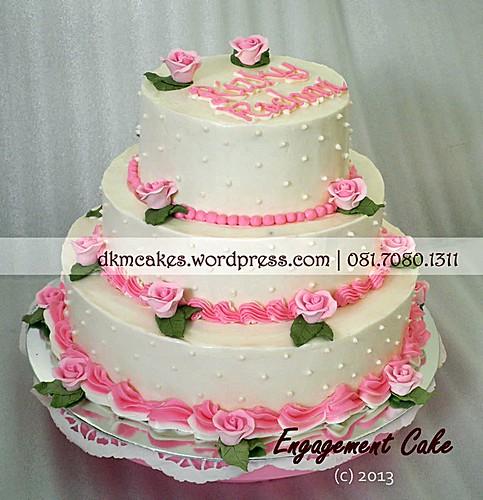 DKMCakes, kue hantaran lamaran jember, wedding cake jember