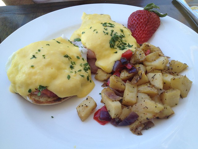 Classic eggs benedict - Purple Palm Restaurant
