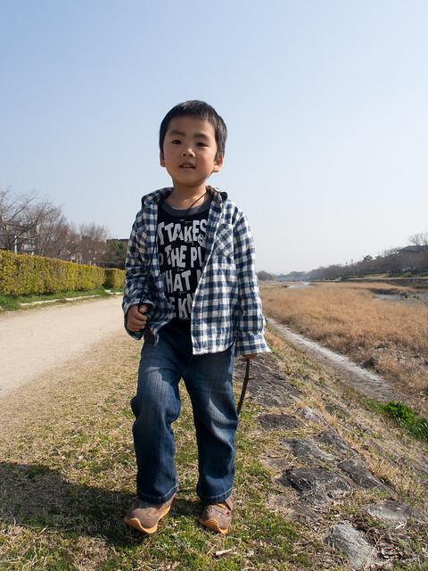 賀茂川縁を歩く
