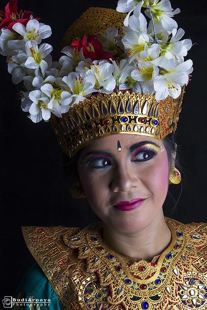 Mata Penari Bali