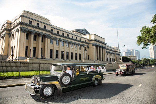Pen Moments (Jeepney)
