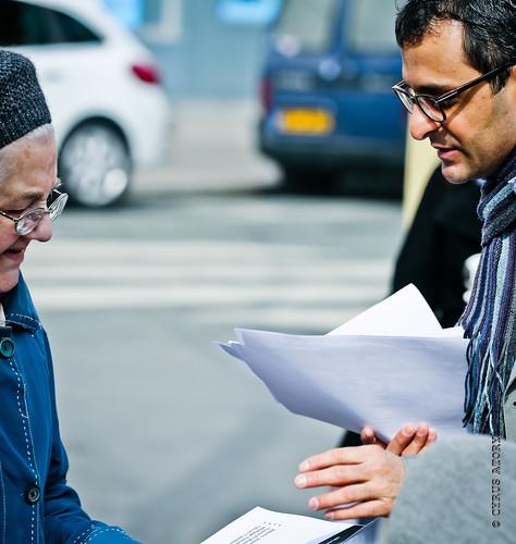 Arash Derambarsh à la rencontre des habitants de Courbevoie au marché de Bécon les Bruyères by Arash Derambarsh