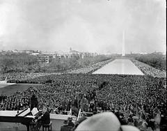 Marian Anderson at Lincoln Memorial: 1939
