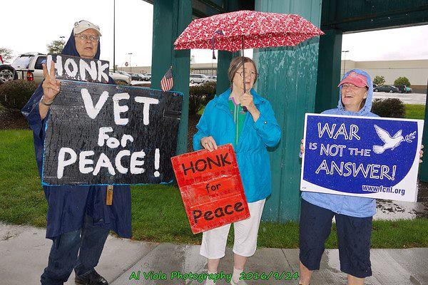 Omaha, NE Peace Vigil - CNV 2016 (13)