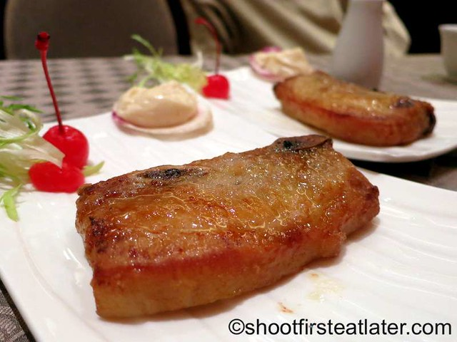oven baked spare rib of black pig MOP$38