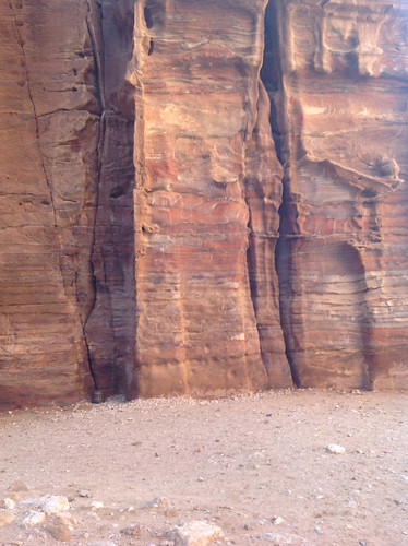 Biospheric and atmospheric weathering in Petra, Jordan (February 2013)