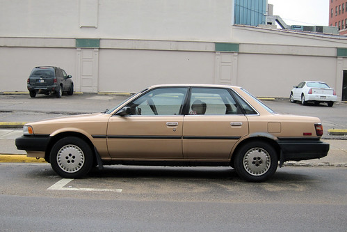 1988 Toyota Camry DX