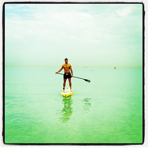 Bit of SUP with @oceanmanuae thanks for the pic @hollytrolleydolly #water #paddle #weekend #fun #enjoy #smashlife