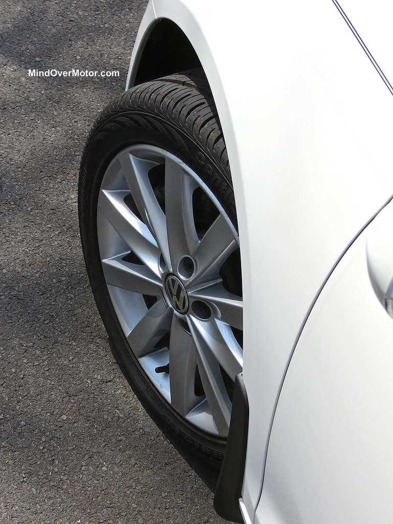 2013 VW Jetta Sportwagen TDI Wheels