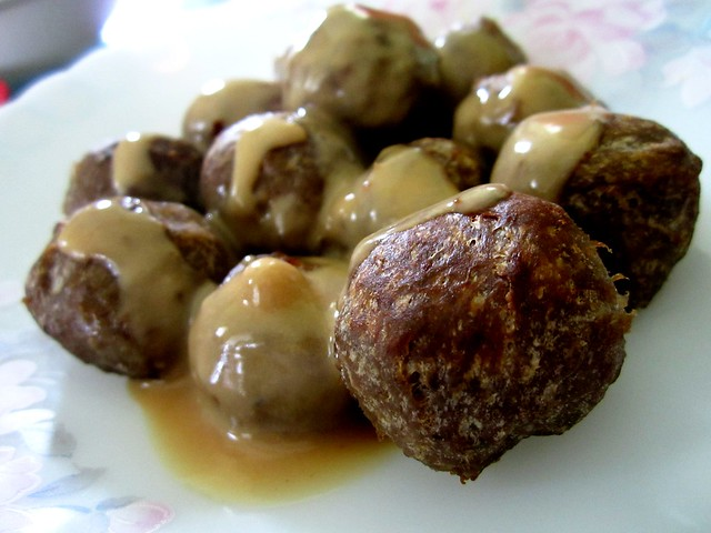 Beef balls with IKEA gravy