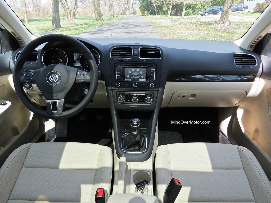 2013 VW Jetta Sportwagen TDI Interior