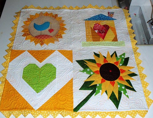 Here's a little project I quilted yesterday! by ruthiequilts