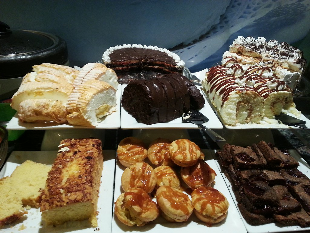 LOVE DESSERTS : Unlimited sweets for just P199. Brace yourself for ...