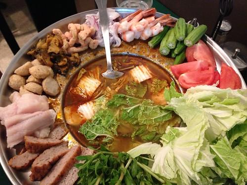 Lau Thai seafood hotpot