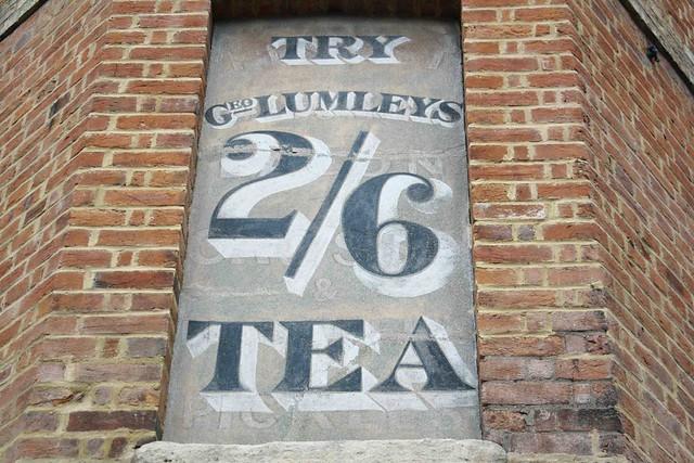 Lumleys tea old advert oxford brick wall