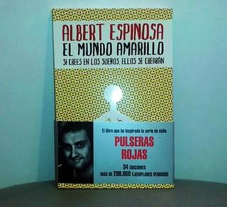 """Libro """"El Mundo Amarillo"""""""