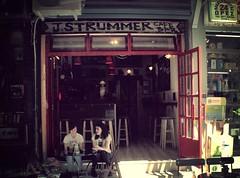 J.Strummer bar