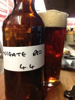 @truefittbeers Holgate Red, a pretty good red colour, easy drinking crisp beer, does this have a touch of my least fav hop in it? :-)