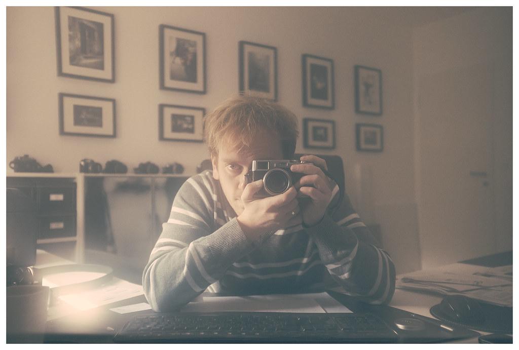monitor self portrait [Explore]