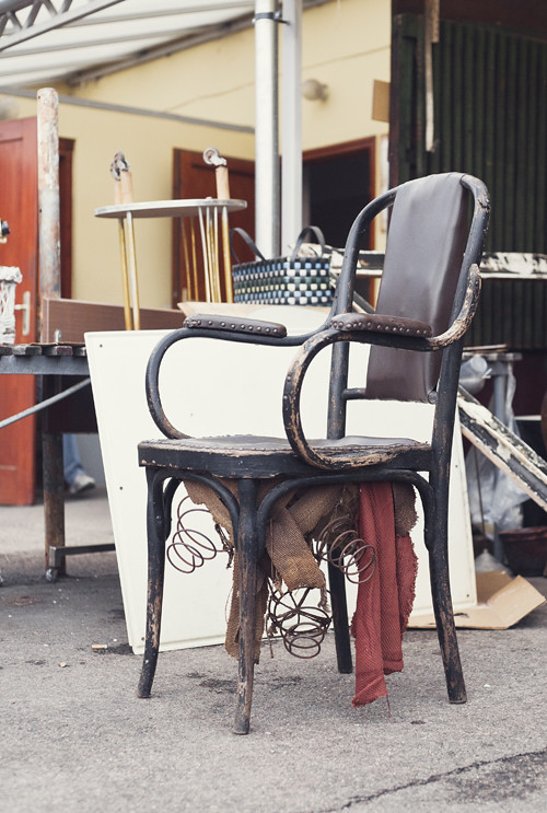 old chair, ecseri piac, budapest