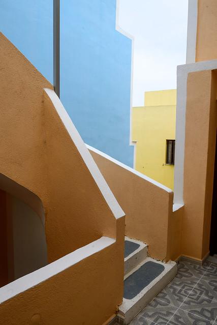 【露天走廊】San Giorgio Villas in Fira, Santorini, Greece.
