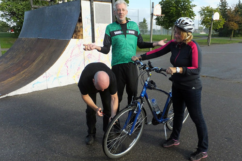 2016 12 Community Bike Ride 01_500