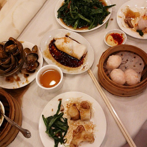 I swear we only do this because we get groceries down here. #dimsum #yumcha