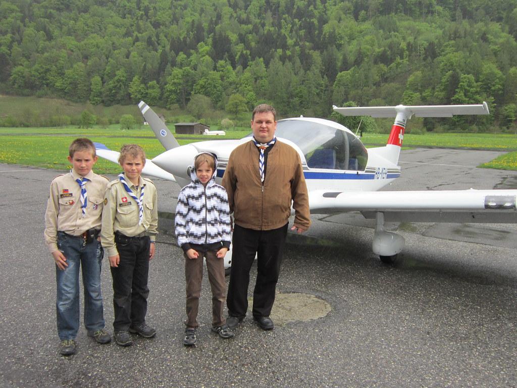 3 Wölfe vor ihrem Flug