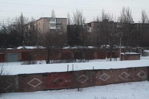 Garages beside apartment blocks in Таганрог (Taganrog)