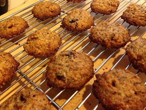 almond power cookies