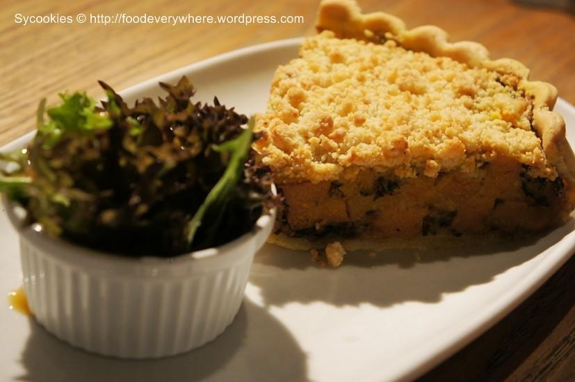 6.pumpkin,mushroom and spinach crumbled tart@ delicious 19.90 (4)