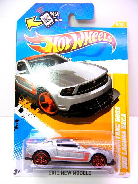 hot wheels 2012 mustang b oss 302 laguna seca silver (1)