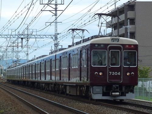 7304F @南茨木〜茨木市