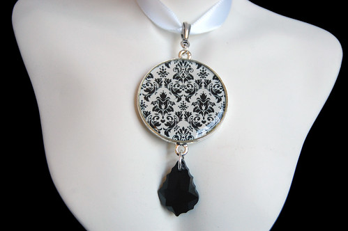 Damask Pendant with Swarovski Crystal Drop